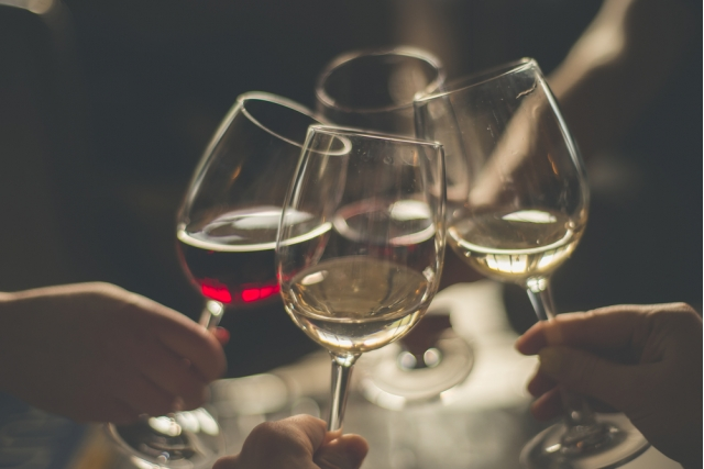 Begbies Traynor acts on restructuring of UK chain of wine bar cafes