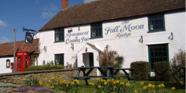 Country inn with rooms continues to trade after administrators appointed