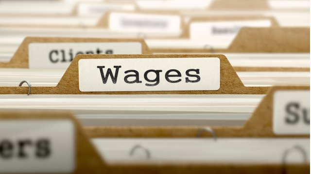 Thousands of UK businesses struggling to absorb cost of National Living Wage