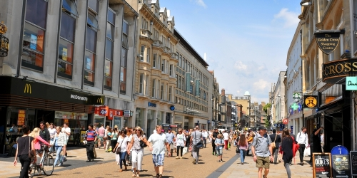 UK high street woes continue, with 43,000 retailers in financial distress
