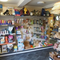 This is a delightful pet foods and accessories business situated in the heart of a bustling and thriving township – HIGH STREET POSITION.