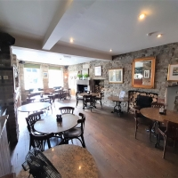 A highly regarded, busy pizzeria and bar in the heart of the Yorkshire Dales market town of Pateley Bridge in Nidderdale, an area of outstanding natural beauty located 14 miles to the North West of Harrogate.